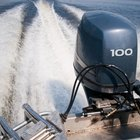 How to Start a Motorboat Outboard Motor