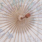 How to Decorate a Bridal Umbrella