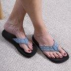 Cómo eliminar las manchas oscuras de los pies