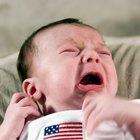 Cómo aliviar los gases en un infante con un masaje