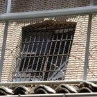 Cómo ubicar reclusos en las prisiones estatales de Florida
