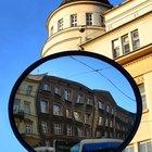 ¿Cómo funciona un espejo?