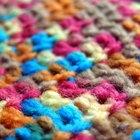 Instrucciones fáciles para tejer zapatitos de bebés en croché