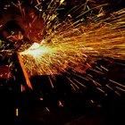 Cómo hacer un corte recto en un tubo de acero inoxidable