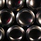 Cómo unir latas de aluminio para hacer artesanías