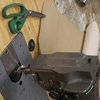 Instrucciones para hacer un casco vikingo con papel aluminio