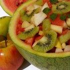 ¿Qué tan saludable es comer fruta en el desayuno?