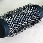 Cómo limpiar los cepillos para el cabello con vinagre