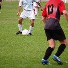 ¿Cuál es el salario promedio de un jugador de fútbol masculino?