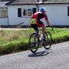 Cómo ponerse pantalones cortos acolchados para ciclismo