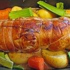 Cómo hornear el roast beef  con sopa y una mezcla seca de cebollas