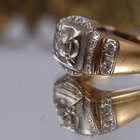 How to Shine an Antique Diamond Ring
