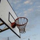 Cómo construir un tablero de baloncesto de tamaño reglamentario