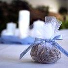 3 ideas encantadoras de envoltorios para recuerdos de boda de primavera