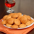 Make Amaretti Cookies