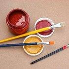 Cómo pintar el marco de madera de un color dorado