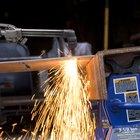 Cómo hacer una caja de herramientas con planchas de metal