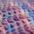 Cómo cortar una bufanda larga tejida al crochet para que tenga el tamaño deseado