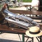 ¿Qué tipos de instrumentos están normalmente en una banda de jazz?