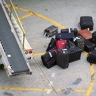 Cómo reparar una maleta de viaje
