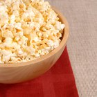 How to Keep Popcorn From Burning in the Microwave