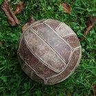 Cómo volear una pelota de voleibol