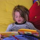 Consejos para que un niño de 18 meses de edad se quede en la cama