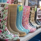 How to Paint Your Own Wellies