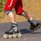 ¿Cómo difiere el patinaje en linea del patinaje de cuatro ruedas?