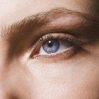 Cómo sacar arena de tu ojo