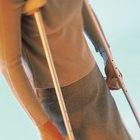¿El caminar con muletas fortalece los abdominales?