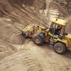 How to Run a Backhoe Business