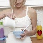 ¿Qué cantidad de azúcar hay en un vaso de leche?