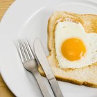 Cook Eggs Sunny Side Up Without Flipping