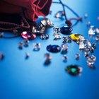 Cómo limpiar y cargar de energía gemas, piedras y metales