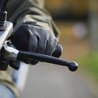 Cómo cambiar la posición de una palanca de cambios de la motocicleta