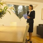How Does a Real Estate Agent Sell Property?