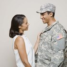 How to Be a Good Girlfriend for a Guy in the Military