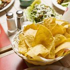 Información nutricional sobre la ensalada explosión de quesadilla de Chili's