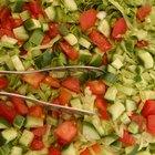 Datos nutricionales en una ensalada de lechuga y tomate