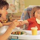 Niños con aversiones alimentarias y el aumento normal de peso
