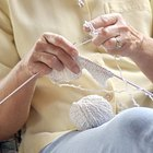 Guía para principiantes sobre cómo tejer calcetines usando agujas de una punta