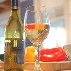 Cómo evitar el dolor abdominal luego de beber vino