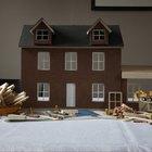 Casas de muñecas de madera hechas en el hogar