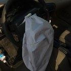Cómo reemplazar las bolsas de aire de los vehículos