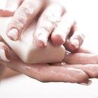 Cómo usar jabón para trastes para eliminar ácaros