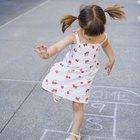 Actividades que utilizan habilidades motoras gruesas entre los 2 y los 4 años de edad