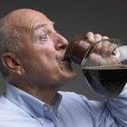 ¿Los altos niveles de cafeína causan daño al hígado?