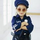 Cómo hacer un disfraz de oficial de policia