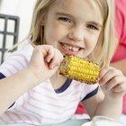 Cómo asar mazorcas de maíz